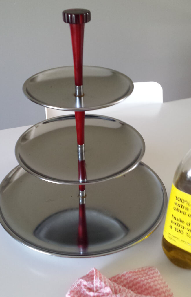 3-tiered tray,olive oil, rub,stainless steel