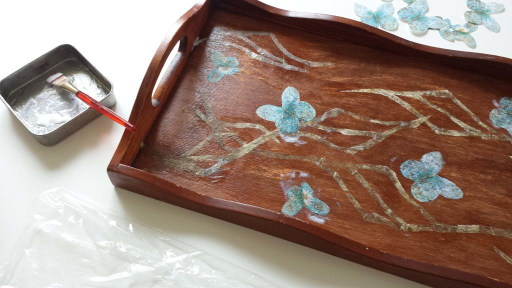 Decoupage On A Wooden Tray Diy
