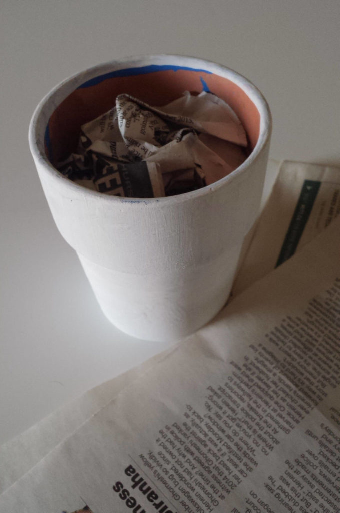 crumpled old newspaper,craft moss,floral moss,clay poy,diy