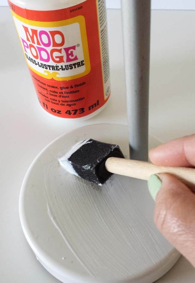 apply mod podge for decoupage on lamp diy