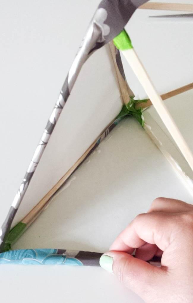 glue paper ornament diy