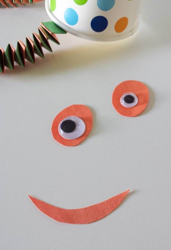 googly eyes for paper cup craft