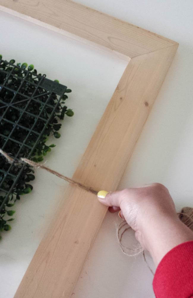 stretch string for frame decor diy