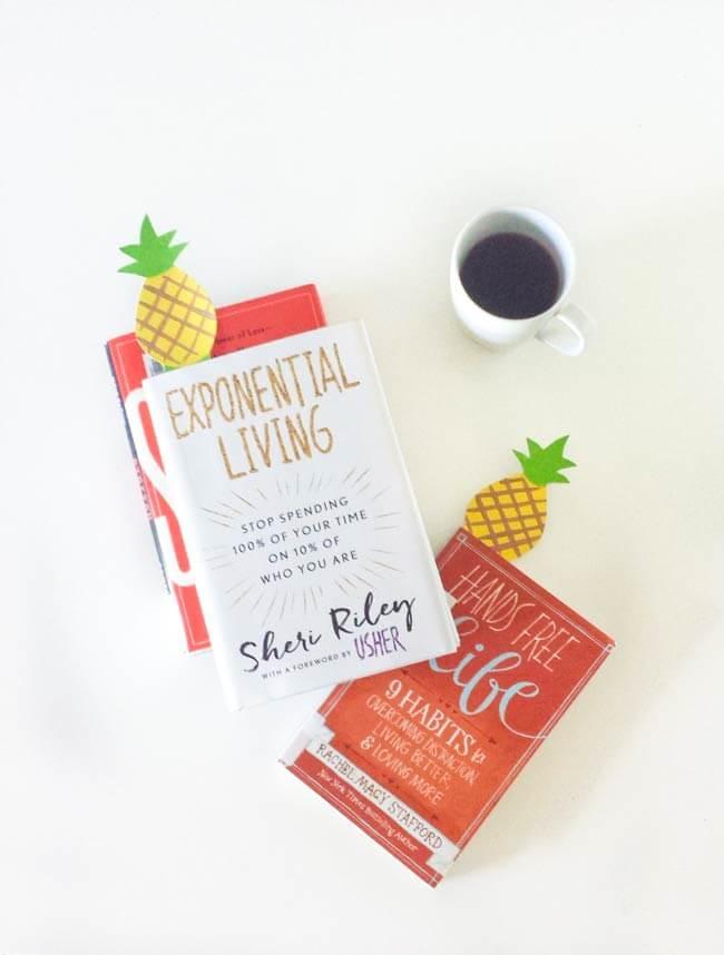 Pineapple bookmarks DIY