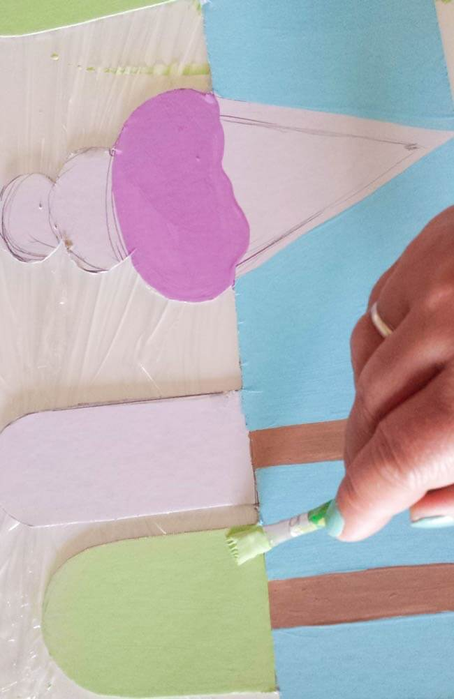 paint drawings on paint cardboard mark spots for Cut up cardboard hairband organizer diy
