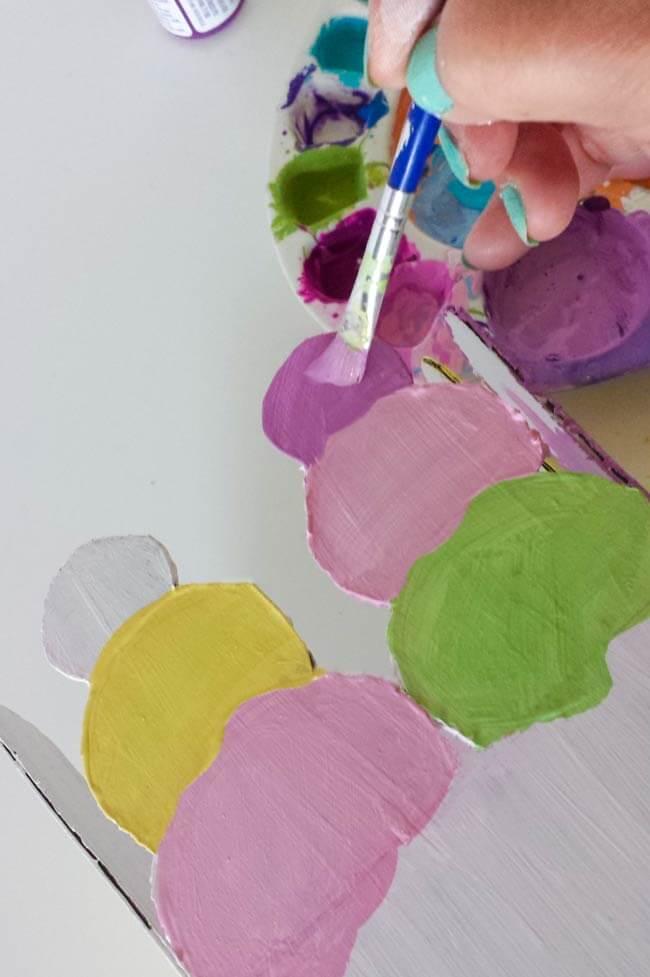 paint icream scoops on repurosed box