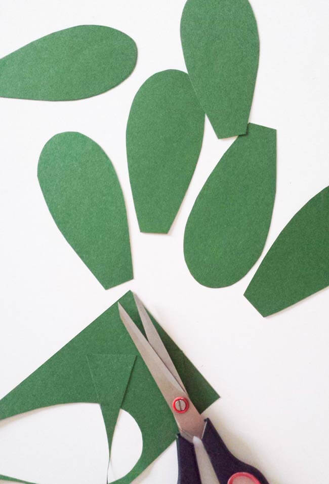 green cut outs for cactus wall art diy